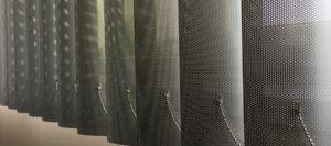вертикальные-алюминиевые-жалюзи-с-перфорацией